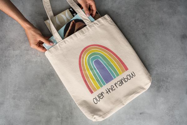 Bolsa de tela, totebag, over the rainbow diseñada por Galaventura
