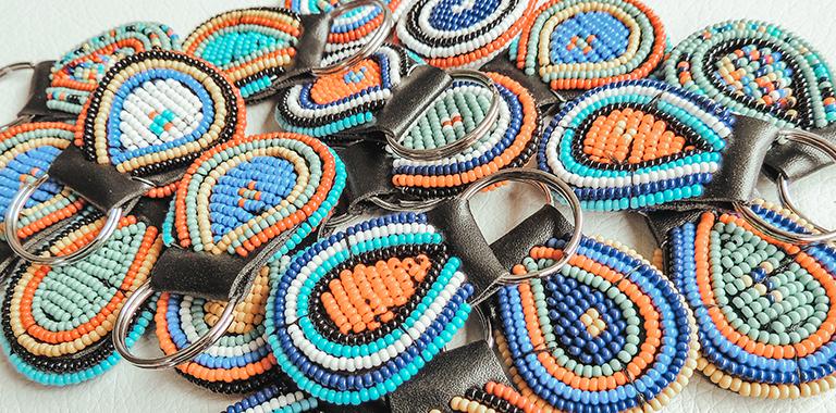 Llaveros Maua artesanales por la igualdad de genero